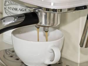 почистване на кафе машина